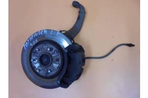 б/у Поворотные кулаки Nissan Pathfinder