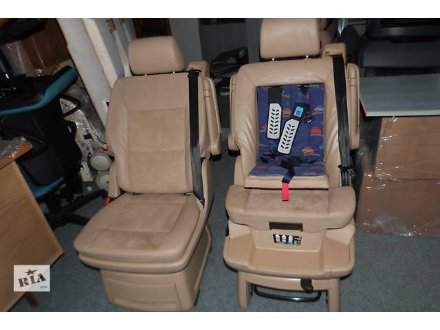 Б/у Оригинал Салон на 2двери кожание сиденье для микроавтобуса Volkswagen T5 Multivan- объявление о продаже  в Хусте