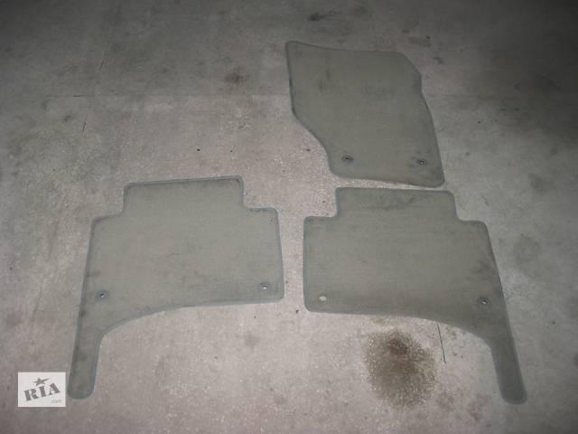 продам Б/у оригинальные коврики Volkswagen Touareg бу в Ровно
