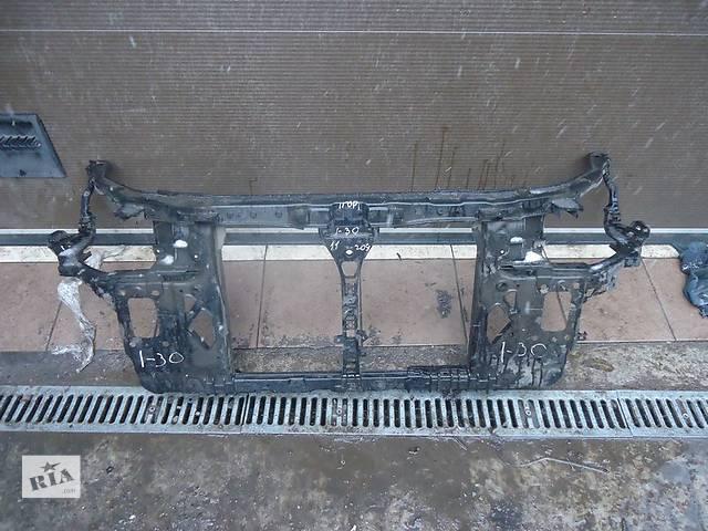 купить бу Б/у панель передняя 641012L000 на Hyundai i30 в Киеве