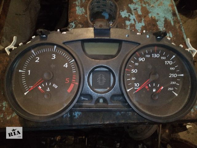 продам Б/у панель приборов  для легкового авто Renault Megane II 2004-2008год бу в Ковеле
