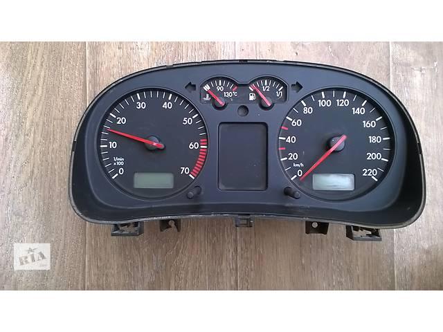 купить бу Б/у панель приборов/спидометр/тахограф/топограф для хэтчбека Volkswagen Golf IV 2000-2003г в Киеве