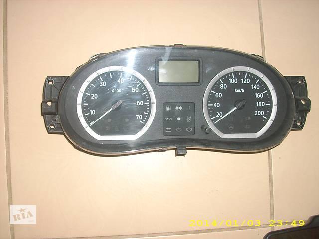купить бу Б/у панель приборов/спидометр/тахограф/топограф для легкового авто Dacia Logan в Львове