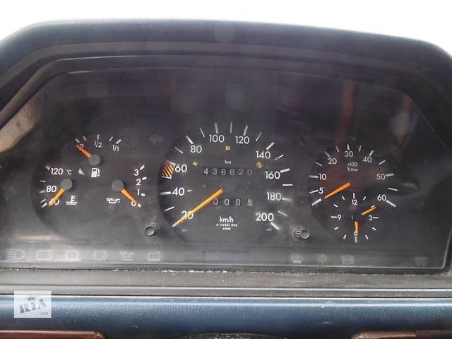 купить бу Б/у панель приборов/спидометр/тахограф/топограф для легкового авто Mercedes 124 в Дубно