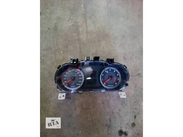 купить бу Б/у панель приборов/спидометр/тахограф/топограф для легкового авто Mitsubishi Outlander XL 2008 в Луцке