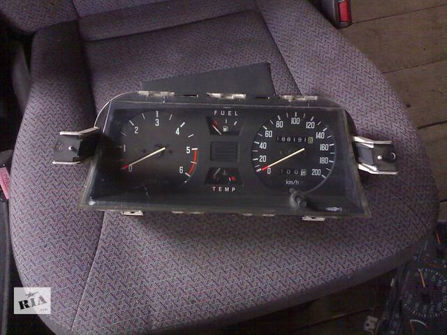купить бу Б/у панель приборов/спидометр/тахограф/топограф для легкового авто Mitsubishi Space Wagon в Сумах