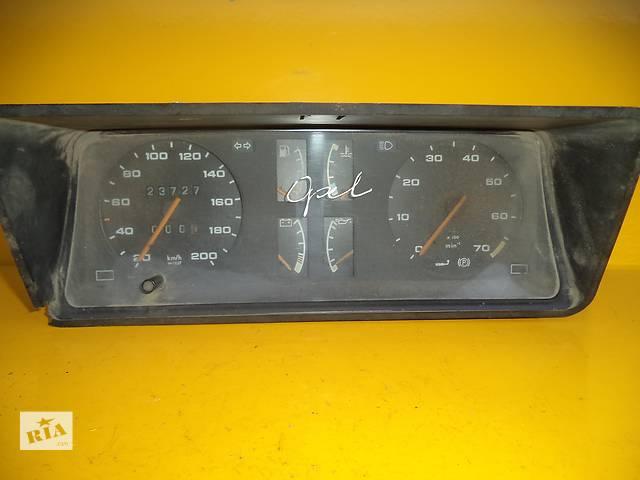 бу Б/у панель приборов/спидометр/тахограф/топограф для легкового авто Opel Kadett D (79-84) Bensin в Луцке