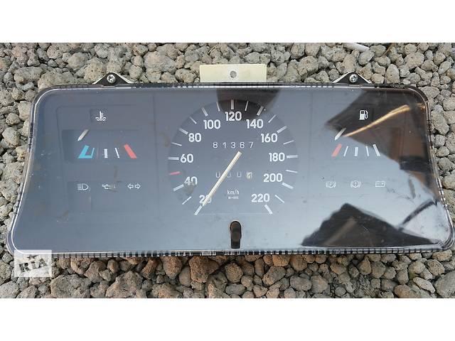 купить бу Б/у панель приборов/спидометр/тахограф/топограф для легкового авто Opel Kadett в Умани