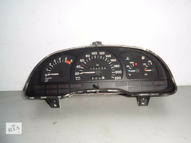 купить бу Б/у панель приборов/спидометр/тахограф/топограф для легкового авто Opel Vectra B dizel. в