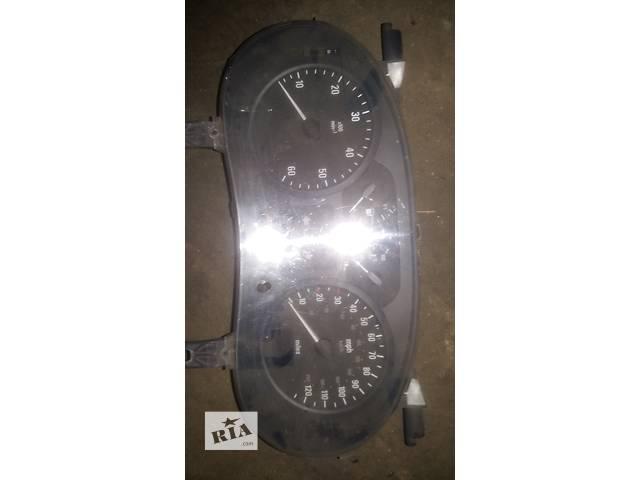 продам Б/у панель приборов/спидометр/тахограф/топограф для легкового авто Opel Vivaro бу в Ковеле