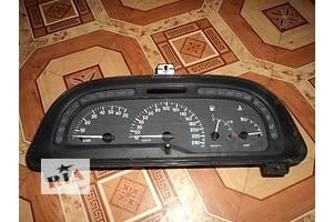 б/у Панель приборов/спидометр/тахограф/топограф Renault Laguna