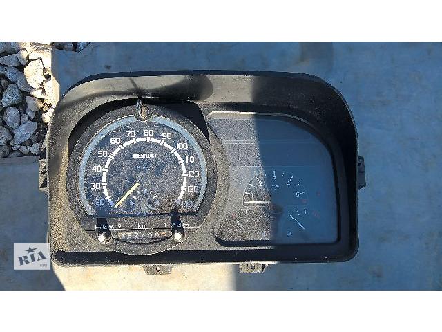 купить бу Б/у панель приборов/спидометр/тахограф/топограф для легкового авто Renault Master 2000 в Тернополе
