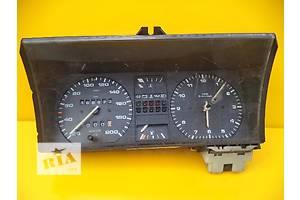 б/у Панели приборов/спидометры/тахографы/топографы Volkswagen Golf II
