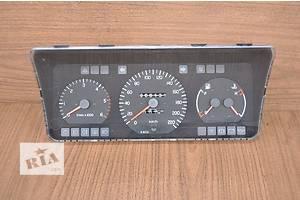 б/у Панели приборов/спидометры/тахографы/топографы Volvo 460