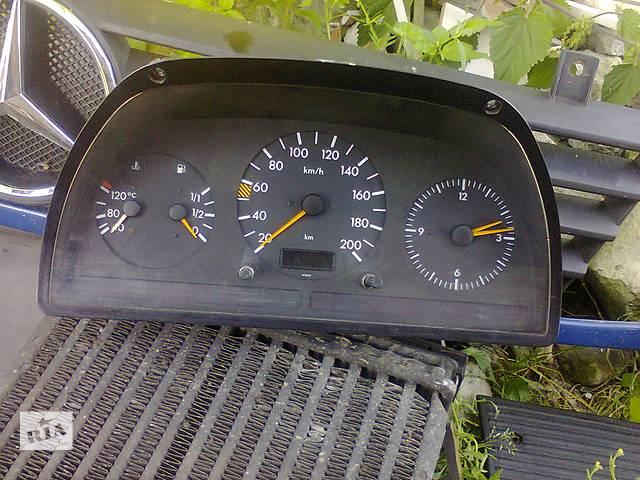 бу Б/у панель приборов/спидометр/тахограф/топограф для микроавтобуса Mercedes Vito в Львове