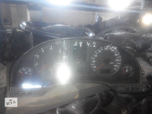 бу Б/у панель приборов/спидометр/тахограф/топограф для седана Audi A8 1998 в Львове