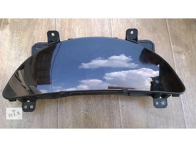 купить бу Б/у панель приборов/спидометр 83800-33D50 для седана Toyota Camry SV40 2007г в Николаеве
