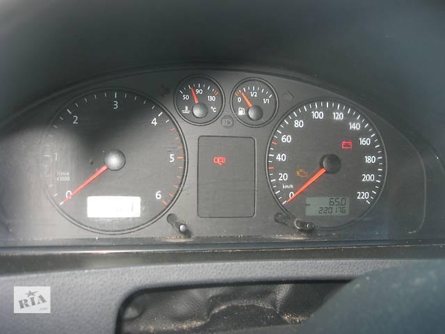 купить бу Б/у панель приборов/спидометр Volkswagen T5 2.5 tdi в Ровно