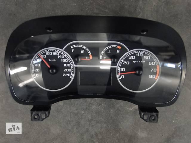 купить бу Б/у панель приладів/спідометр/тахограф/топограф для легкового авто Fiat Albea 06-10р. 51737369 в Львове
