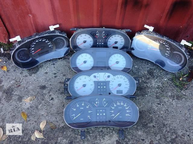 продам Б/у панель приладів/спідометр/тахограф/топограф для легкового авто Renault Kangoo бу в Луцке