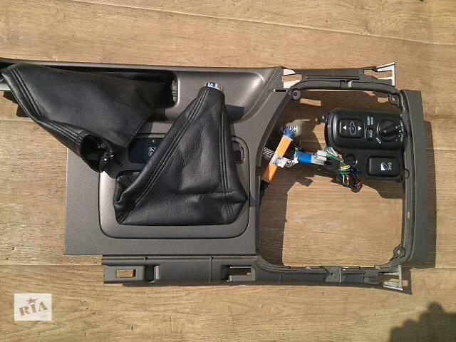 Б/у панель центральной консоли 58821-60080 для кроссовера Lexus GX 470 2002-2009г- объявление о продаже  в Николаеве