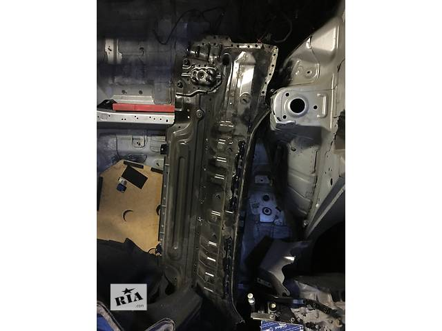 купить бу Б/у панель задняя для легкового авто Toyota Camry в Киеве