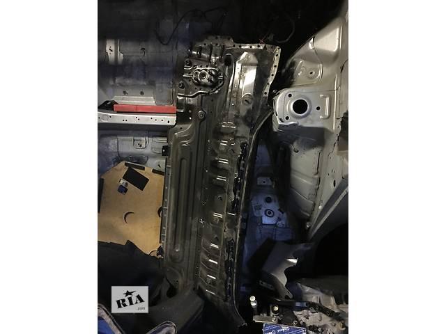 бу Б/у панель задняя для легкового авто Toyota Camry в Киеве