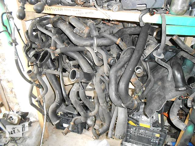 продам Б/у патрубок к двигателю Renault Trafic 1.9, 2.0, 2.5 Рено Трафик (Vivaro, Виваро) 2001-2009гг бу в Ровно