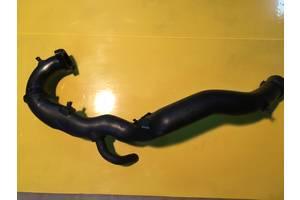 б/у Патрубки интеркуллера Opel Vivaro груз.