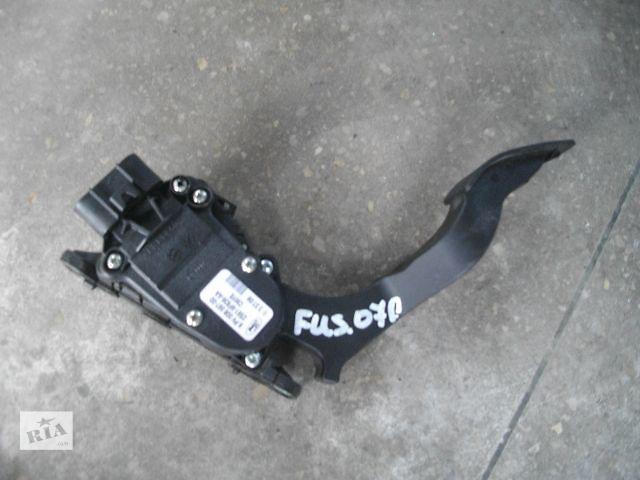 продам Б/у педаль газа для легкового авто Ford Fusion 2007 бу в Львове