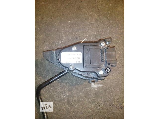 Б/у педаль газа электрическая для легкового авто Renault Trafic 1.9dci- объявление о продаже  в Ковеле