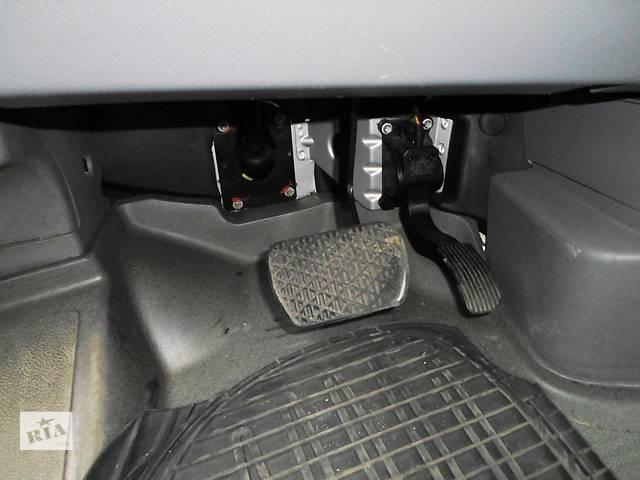 бу Б/у Педаль газа Фольцваген Крафтер Volkswagen Crafter TDI 2,5 груз. 2010 в Луцке