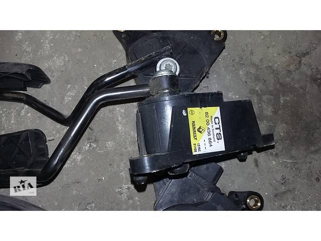 купить бу Б/у Педаль газа газу для Renault Kangoo Рено Канго Кенго 2 в Рожище