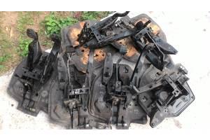 б/у Педали сцепления Volkswagen T4 (Transporter)