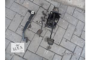 б/у Педали тормоза ВАЗ 2110
