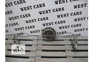 б/у Петля крышки багажника Kia Cerato
