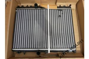 б/у Радиатор Peugeot 3008