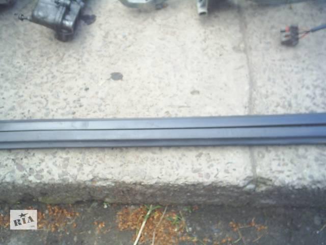 бу Б/у пластик під лобове скло для легкового авто Opel Vectra B в Червонограде