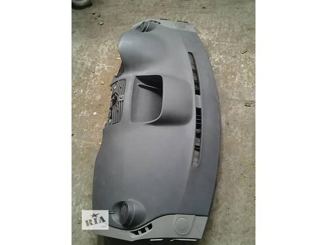 Б/у Пластик под руль Торпеда (під руль) Торпедо Renault Kangoo Кенго 2008-2012- объявление о продаже  в Луцке