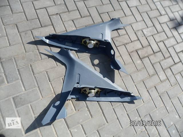 купить бу Б/у пластиковые упоры под полку багажника для легкового авто Opel Kadett в Умани