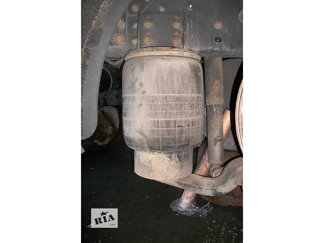 купить бу Б/у пневмоподушка подвески для грузовика Renault Magnum Рено Магнум Evro2,3 в Рожище