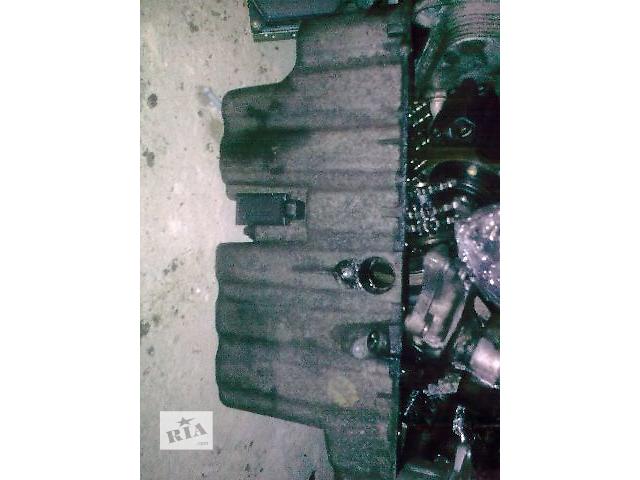 Б/у поддон масляный для грузовика Mercedes Vito- объявление о продаже  в Яворове
