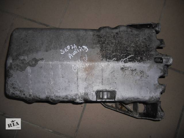 бу Б/у поддон масляный для легкового авто Skoda в Березному