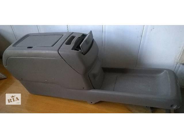купить бу Б/у подлокотник для кроссовера Lexus RX 300 (I) 2001г в Николаеве