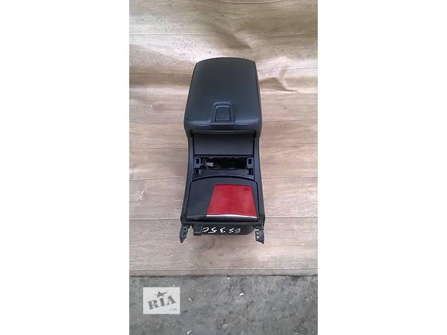 купить бу Б/у подлокотник 58910-33320-C0 для седана Lexus ES 350 2007г в Киеве