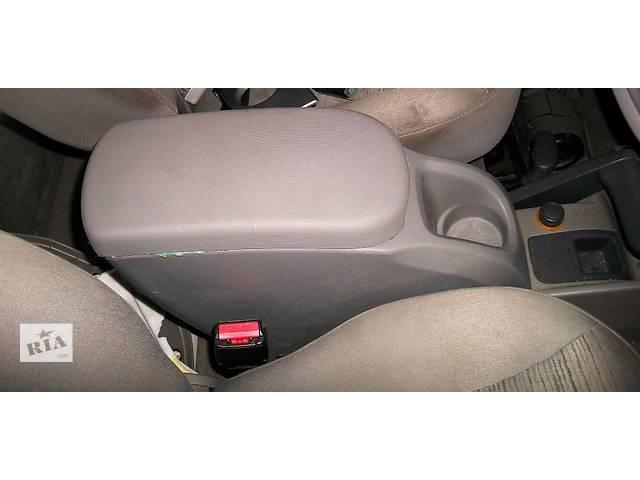 Б/у Подлокотник Підлокотник Renault Kangoo Рено Канго Кенго 1,5DCI K9K 2008-2012- объявление о продаже  в Луцке