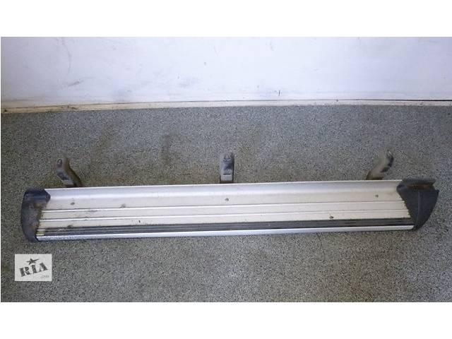 Б/у подножка для кроссовера Mitsubishi L 200- объявление о продаже  в Ровно