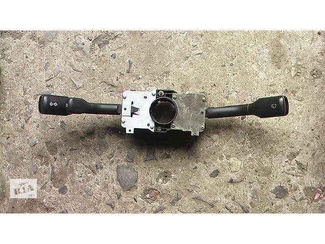 купить бу Б/у подрулевой переключатель для легкового авто Audi 100 (83-90 г.) в Сумах