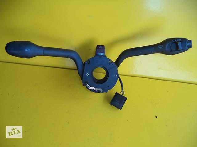купить бу Б/у подрулевой переключатель для легкового авто Volkswagen Passat B4 (94-96) в Луцке
