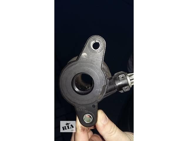 купить бу Б/у Подшипник выжимной гидравлический для легкового авто Renault Kangoo Кенго 1,5 DCI 2008-2012 в Рожище